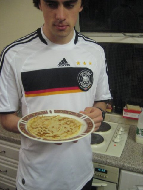 me pancakes